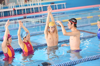 水泳(初心者指導,泳法指導4泳法)