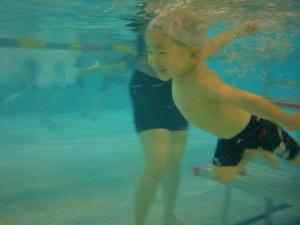 水の中でもこの笑顔!!